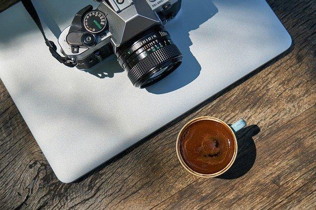 Jaki program do obróbki zdjęć? Programy do zdjęć na telefon i komputer