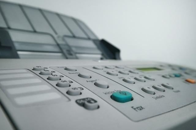 Czy warto kupić używaną drukarkę laserową, a atramentową?